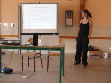 photo de Brigitte Gothière, pendant son intervention